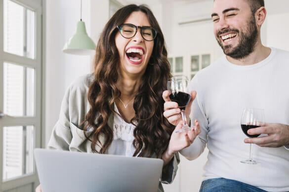 port macquarie couple on laptop