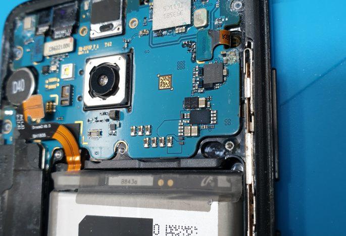 Samsung phone liquid damage repair