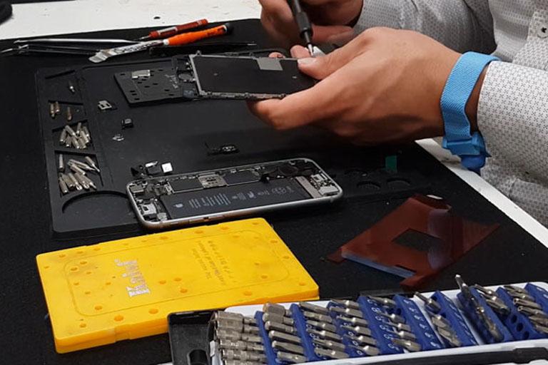 Repairing a liquid damaged phone