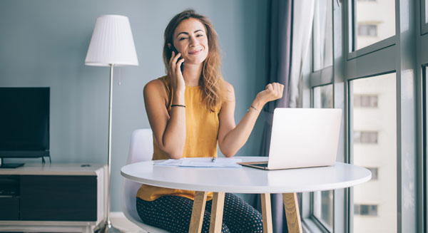 Lady calling computer support